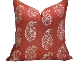 Kashmir Paisley pillow cover in Tea/Red