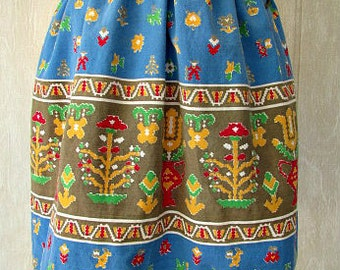 vintage 60s half apron  southwestern aztec flower design