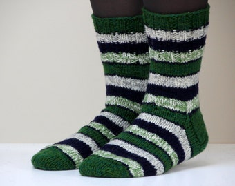 Beautiful striped hand knit wool socks, size - medium, US W 7.5-8, EU 38-38.5