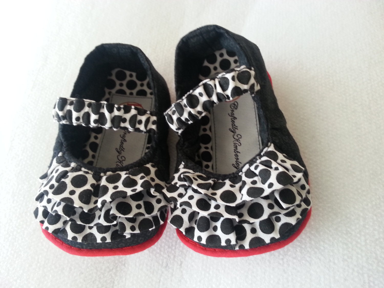 Custom Mary Jane Baby Shoes Custom Mary by CraftedbyKimberleyD