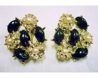 Vintage 1960s Black White & Gold Cabochon Earrings