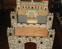 VINTAGE CASTLE TOY, Castle and Jousting Arena