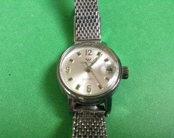 WALTHAM watch Quartz Early Beautiful Authentic Womens Wrist Watch silver tone case