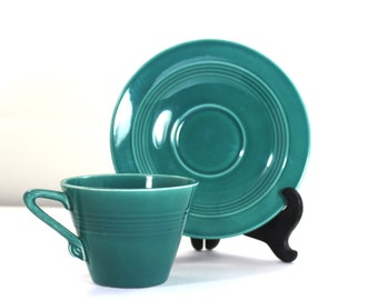 Harlequin spruce green teacup & saucer 1950s by Homer Laughlin Co