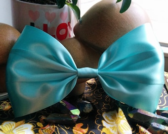 Big Light Blue Hair Bow. Pastel Blue Hair Bow. Baby Blue Bow. Giant Cute Hair Bow. Handmade Hair Bow. Cute Hair Bow. Blue Hair Bow. Big Bow.