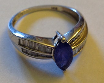 Lovely 14K White Gold Diamond Amethysist Ring Size 7.5