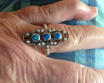 Lovely Opal and Pearl Ring 925 Size 6.5