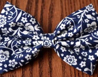 SALE - Navy and White Floral Print Fabric Hair Bow