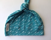 Organic baby knot hat - arrows