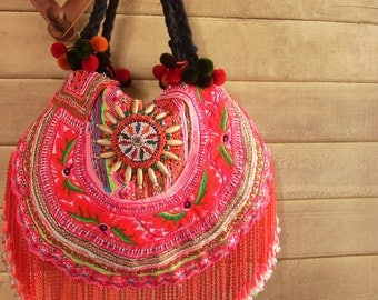 Boho gypsy Fringe Tote Bag /// Artisanal /// Hippie // embroidery // tribal // colorful // Ethnic /// unique // OOAK // red //beads
