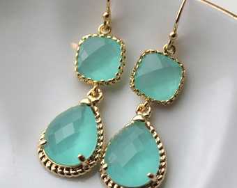 Aqua Mint Earrings Gold Blue Earrings Teardrop Glass Bridesmaid Earrings Wedding Earrings Bridesmaid Jewelry Gift Mint Wedding Jewelry