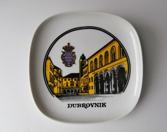 Dubrovnik Croatia Display Plate, Game of Thrones, Yugoslavia Souvenir Plate, Dubrovnik Dish, Medieval Walled City Red Tile Roofs