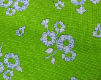 mod floral fabric 1960s decorator fabric 3 yards medium weight 44 inches wide.
