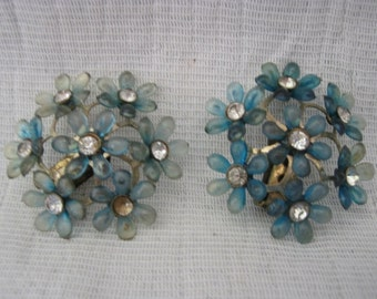 Vintage 50's Blue Plastic & Rhinestone Flower Clip On Earrings