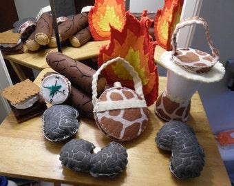 Children's Playtime WILDLIFE GIRAFFE Camp Sets: Fire Logs Canteen Compass S'more Stones