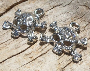 1 Charm, Silver Plated Skull with Clear Glass Rhinestones, Shiny Sparkly, Cross Bones, Do it Yourself, Beading Supplies, Fancy Shiny Skull