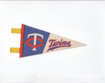 Vintage SMALL MINI  Baseball Pennant Minnesota Twins vtg Felt Pennant Flag 1970s Collectible Vintage Sports Decor Gameroom Man Cave Gift