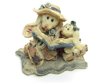 Boyds Bears Figurine Bunny Rabbits Reading a Book - Daphne & Eloise Women's Work