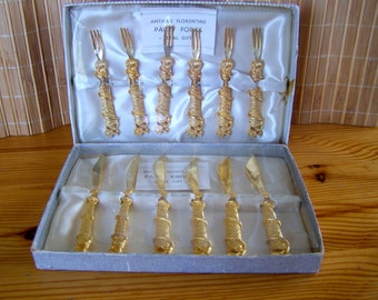 """Vintage 50's """"PARTY KNIVES & FORKS"""" in Antique Florentine Style 2 Boxed Sets"""