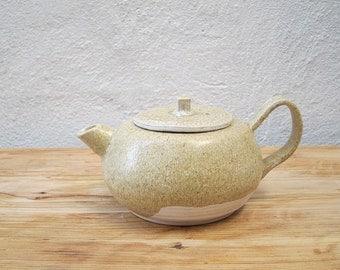 Stoneware Creamy Teapot (600ml)