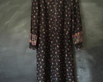 Vintage Sasoon Black Floral Shirt dress
