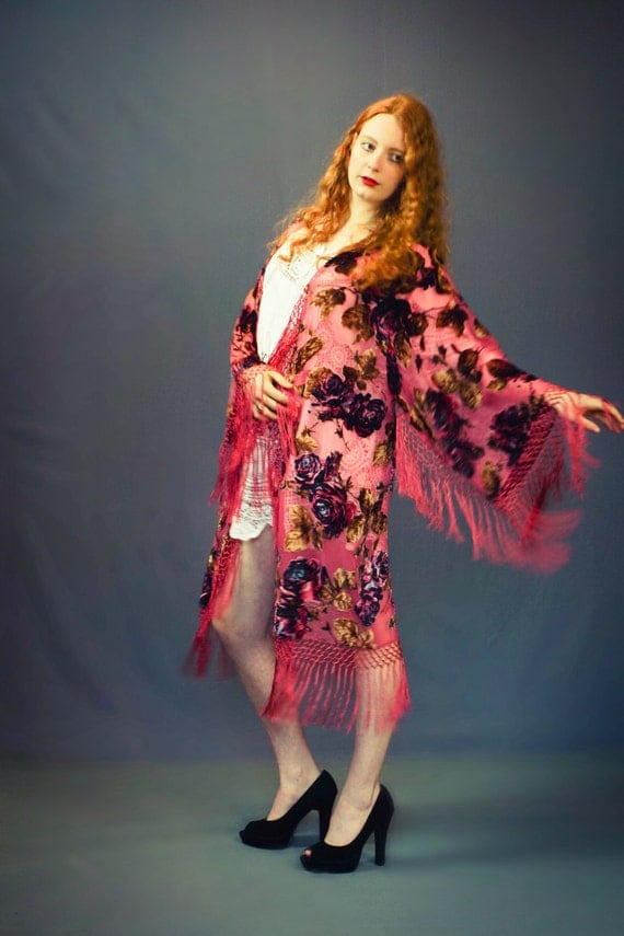 Silk velvet floral kimono / musk pink fringed duster with ombre flowers /  Stevie nicks Devore Art Deco opera coat