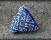 Wrap Scrap Trinlge - Medium