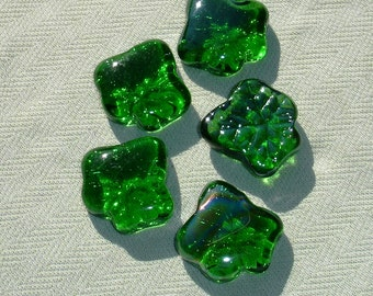 Extra Large Green Glass Maple Leaf Findings