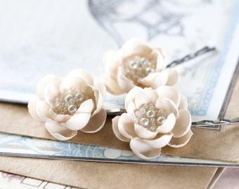 715_Beige hair flowers, Hair accessories, Flower pins, Floral pins, Hair piece flowers, Hair clips flowers, Flower clips, Bridal hair pins.