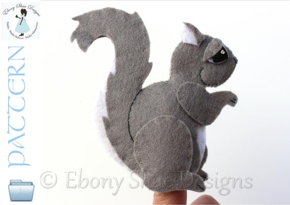 Felt Squirrel Finger Puppet PATTERN. Instant Download sewing Pattern for squirrel finger puppet PDF.