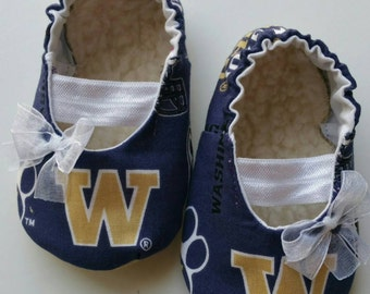 READY TO SHIP University of Washington Baby Mary Jane Shoes 6/9 months