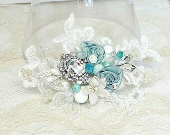 Aqua Hair Comb- Mint Blue Bridal Clip- Wedding Hair Comb- Aqua Bridal Comb- Bridal Hair Accessories- Wedding Hairpiece- Aqua Hair Accessory