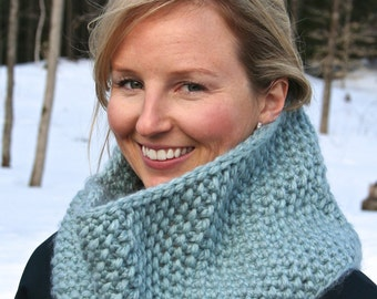 Easy CROCHET SCARF PATTERN Crochet Cowl Pattern by Sugar Threadz
