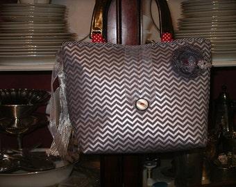 Modern Silver Zig-Zag Handbag