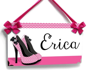shoes closet plaque elegant black, hot pink and white checkerboard high heels - P2146