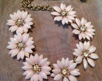 Pink Pastel Necklace 1950 1960 Coro Plastic Daisy Choker