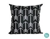 Black & White Arrows Pillow Cover - Many Sizes Lumbar, 12, 14, 16 - Zipper Closure - sc246l