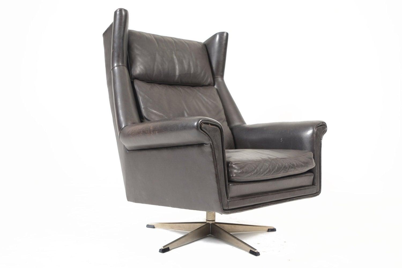danish mid century modern black leather swivel lounge chair. Black Bedroom Furniture Sets. Home Design Ideas