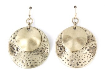 Special Vintage Gold Tone Double Round Plate Earrings B14