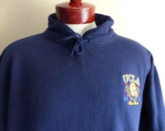 Go UCLA Bruins vintage 90's University of California Los Angeles Rose Bowl 1994 navy blue fleece graphic sweatshirt collared embroider large