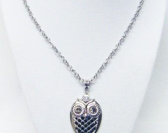 "Silver Plated Owl Accented w/Rhinestone Necklace (20"", Silver Plated, Crystal)"