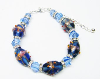 "Transparent Blue Lamp Work Foil Lined Beaded Bracelet (8"", Silver Plated)"