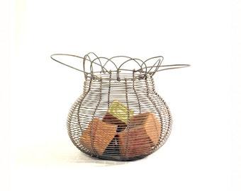 Antique Wire Egg Basket - Farmhouse - Kitchen - Rustic Decor
