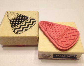 Large Candy Corn rubber stamp, 50 mm (HR21)