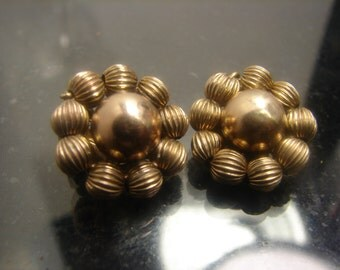 Winnard 12kt GF Clip Earring small w/ Melon beads 1161