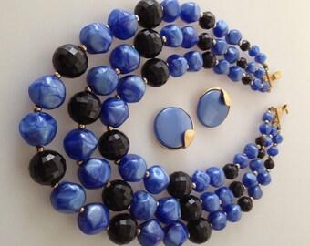 1950s Vintage TRIPLE Strand BEADED Necklace & Earring Set Demi Parure
