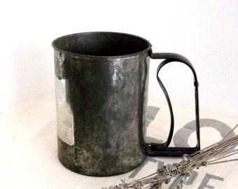 Vintage Flour Sifter - Antique Flour Sifter - Metal Flour Sifter - Primitive Flour Sifter - Rustic Sifter - Vintage Kitchen Decor