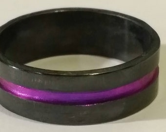 Anodized Niobium Ring Band Purple engraved groove hammered precious metal hypoallergenic