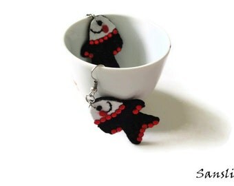 Women earrings,women jewelry,felt accessories-custom earrings-felt earrings--Cheerful fish-black felt earrings