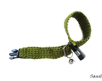 Cat collar-collar cat-adjustable collar-custom collar-crochet cat collar-cat accessories-.Adjustable cat collar green with Bell